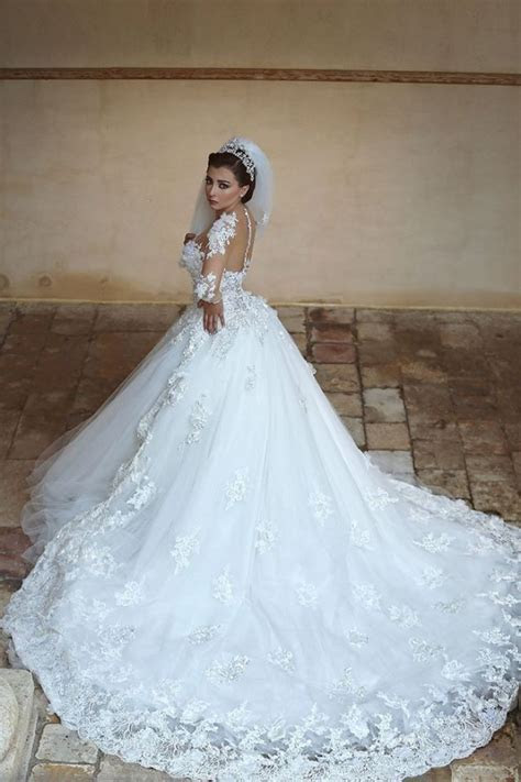 Beautiful White Tulle Ball Gown Wedding Dress Court Train