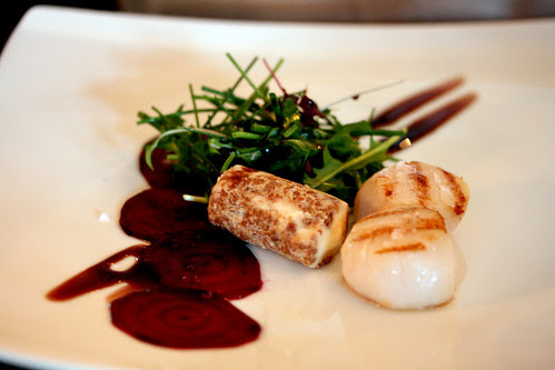 Scallops with beetroot and goats cheese