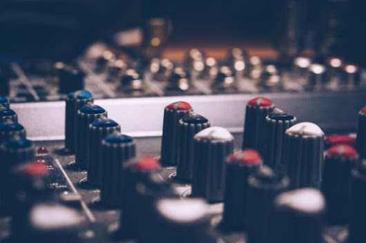 How To Use A Compressor? | Ghost Producer Services