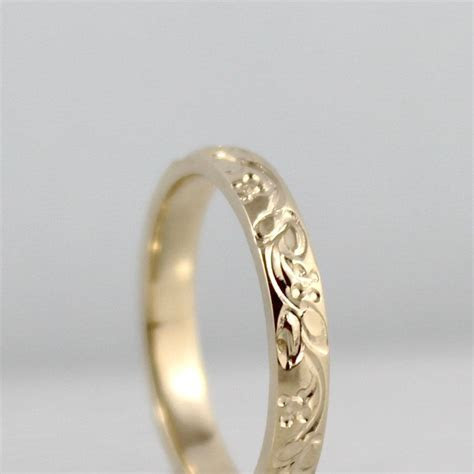 14K Yellow Gold Wedding Band should melt my grans ring