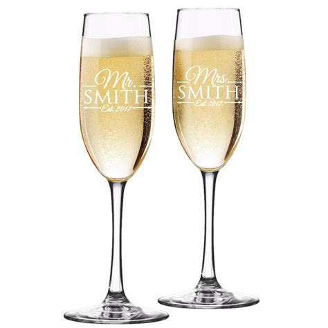Custom Engraved Champagne Flutes for Wedding   Toasting