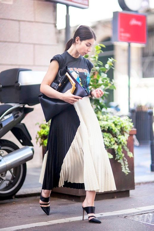 Le Fashion Blog Blogger Style Vintage Band Tee Two Toned Pleated Skirt Metal Handle Bag Strappy Mule Pumps Via A Portable Package