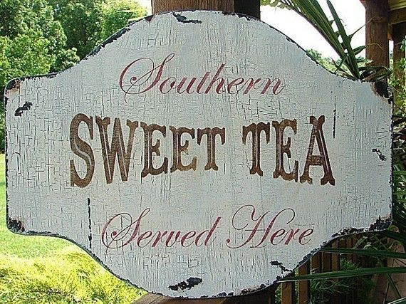 nothin' better than a ice cold glass of sweet tea!