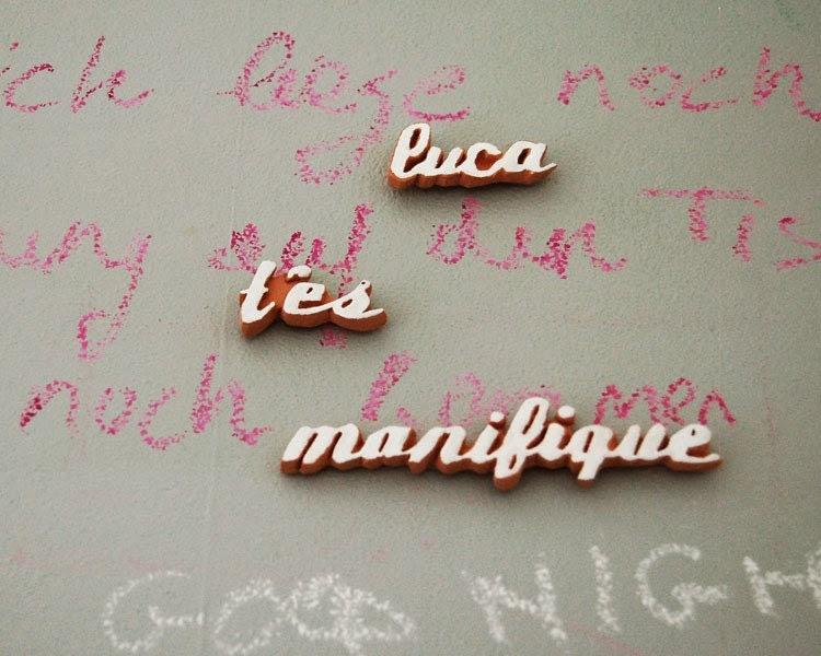 your name t'es magnifique magnet - umbu