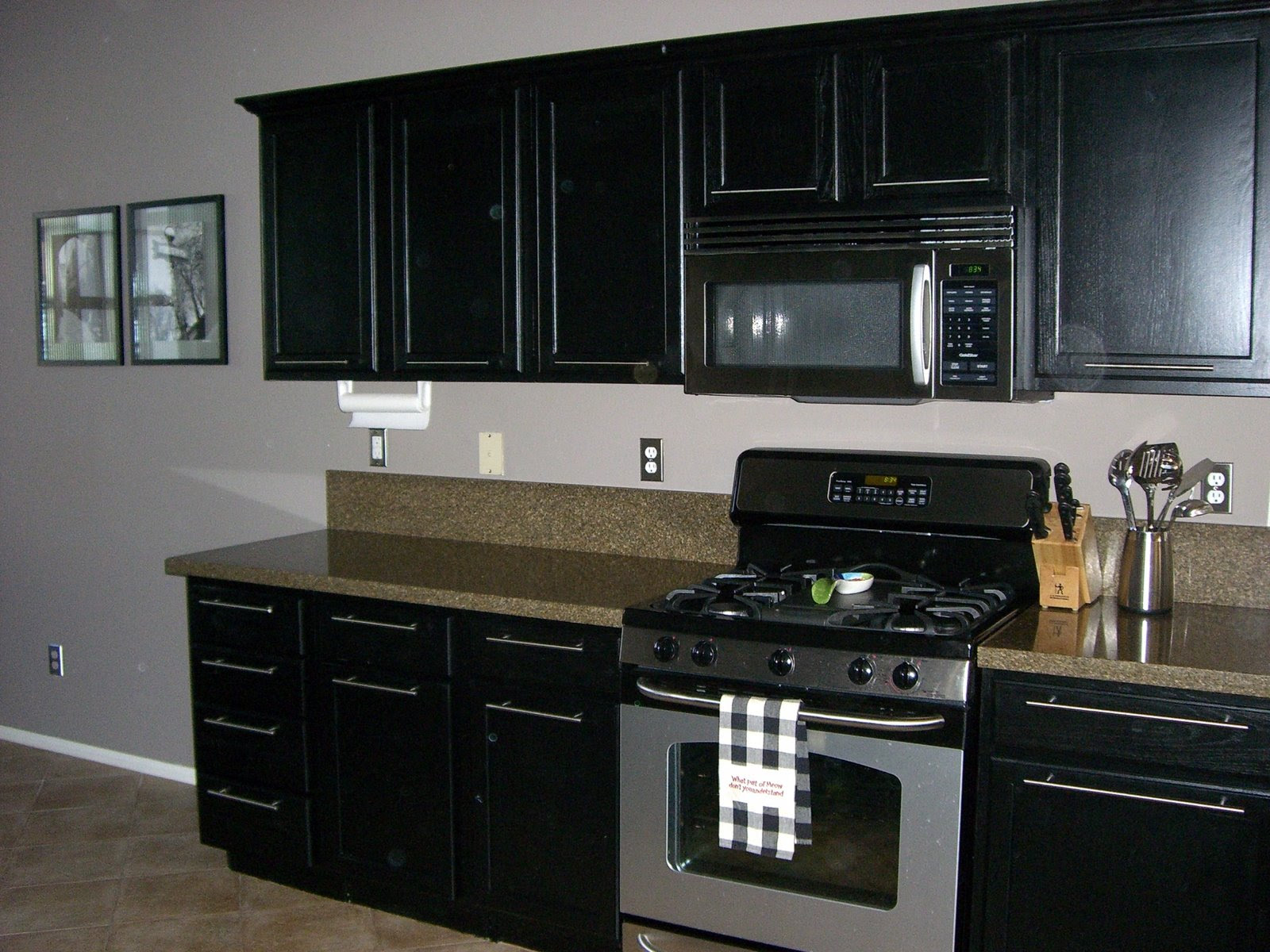 Black & White Kitchen: Casual Painting Kitchen Cabinets ...