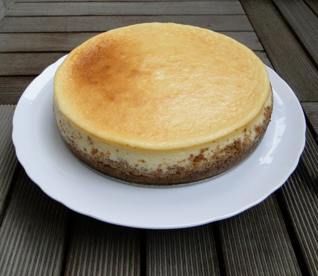 Tall & creamy cheesecake - A basic