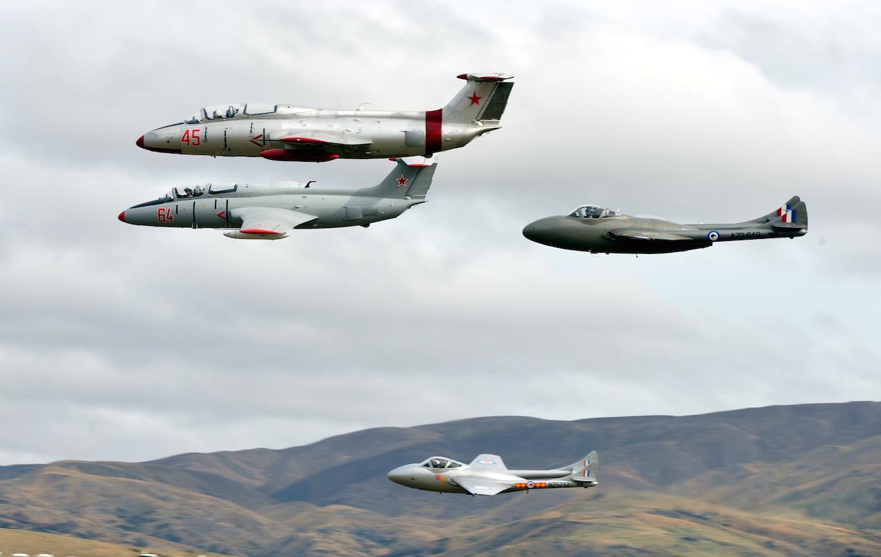 http://www.warbirdsnews.com/airshow-news/warbirds-wanaka-jet-race-report.html