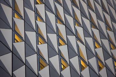 Zaragoza Bridge Pavilion by Zaha Hadid