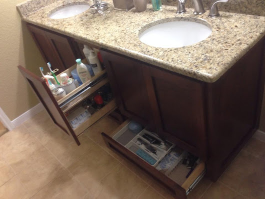 Bathroom Cabinetry | Madera Remodeling & Custom CabinetryMadera Remodeling & Custom Cabinetry