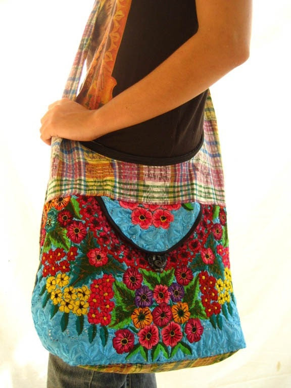 Mexican Bohemian Chic heavy embroidered Purse Messenger Handbag COLOR brillant turquoise