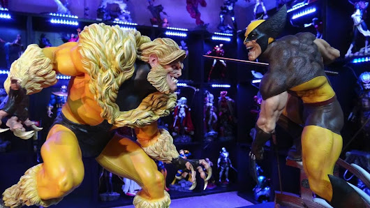 SABRETOOTH premium format statue REVIEW - YouTube