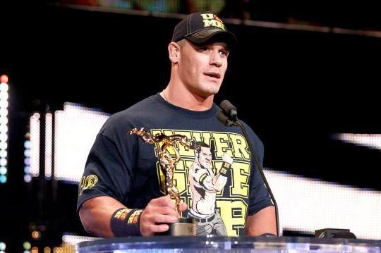 John Cena z nagrodą WWE Slammy Awards