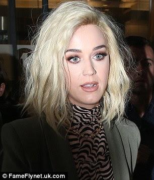 Incoming: Katy estava na mão para promover seu novo single antes dos BRIT Awards