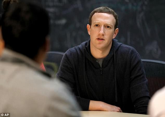 Após repetidos apelos de legisladores e autoridades, o CEO do Facebook, Mark Zuckerberg, vai testemunhar sobre o escândalo da privacidade na semana que vem, durante duas audiências no Congresso dos EUA.