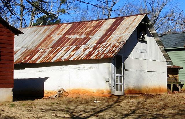 IMG_0059-2014-01-24-Shingleroof-Campground-McDonough-Georgia-single-white-plywood-house-Essie