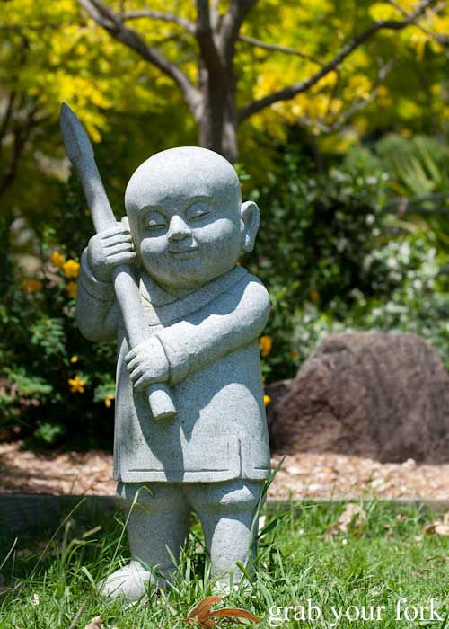 Nan Tien Temple and a food tour of Wollongong | Grab Your