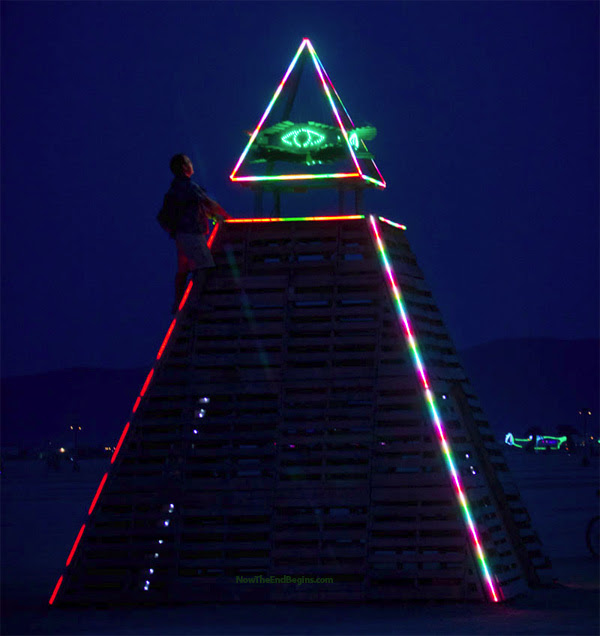 [Imagem: burning-man-pagan-festival-occult-temple...-horus.jpg]