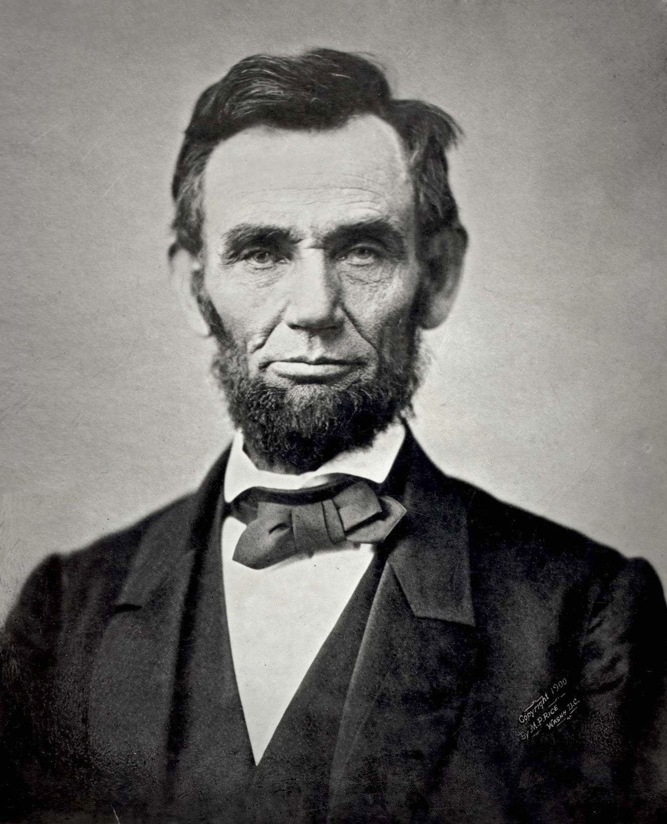 http://upload.wikimedia.org/wikipedia/commons/1/1b/Abraham_Lincoln_November_1863.jpg