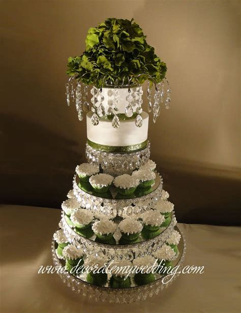 SHOP Wedding Cupcake Stand   Stunning & Gorgeous