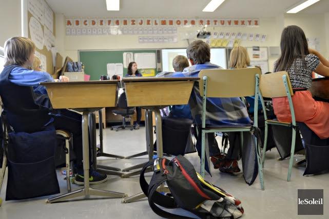 Aux épreuves de mathématiques, les élèves de la... (PHOTO PASCAL RATTHÉ, ARCHIVES LE SOLEIL)
