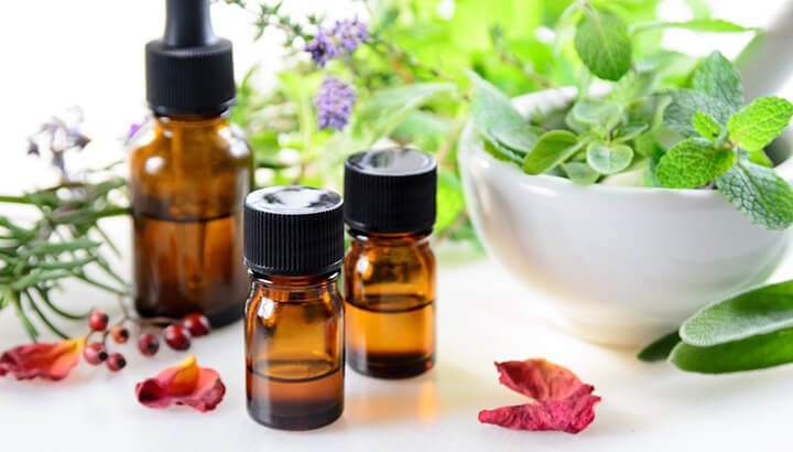 Essential oils can help clogged ears