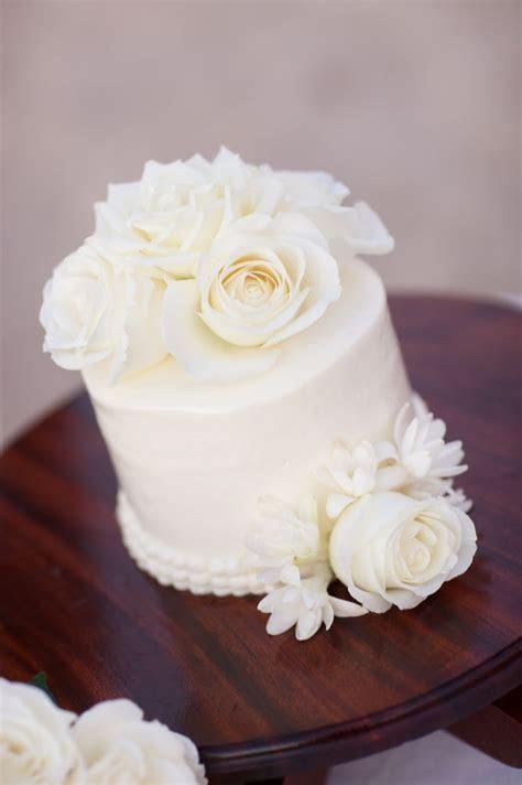 Single tier wedding cake ? your photos.   Weddingbee
