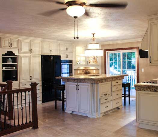How to Maximize Kitchen Cabinet Space in a Remodel