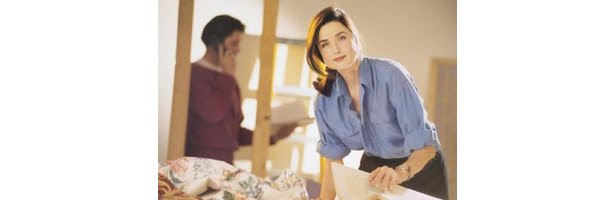 How Much Money Does an Entry Level Interior Designer Make? | eHow
