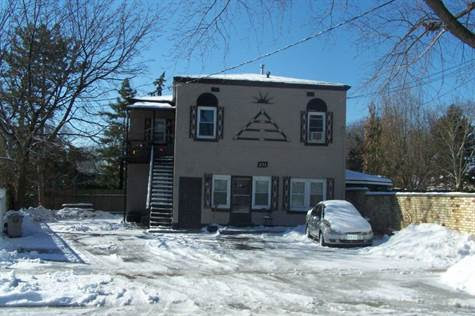 Home for Sale in Olde Riverside, WINDSOR, Ontario $224,900