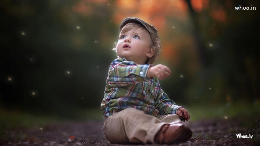 Alone Cute Little Child Hd Wallpaper