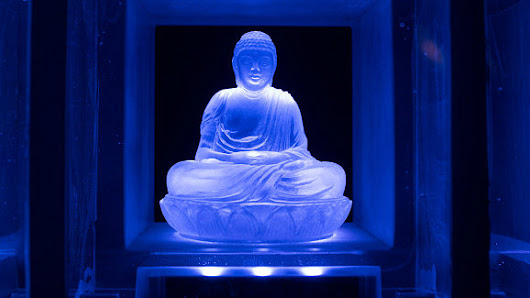 "Science and Buddhism Agree: There Is No ""You"" There"