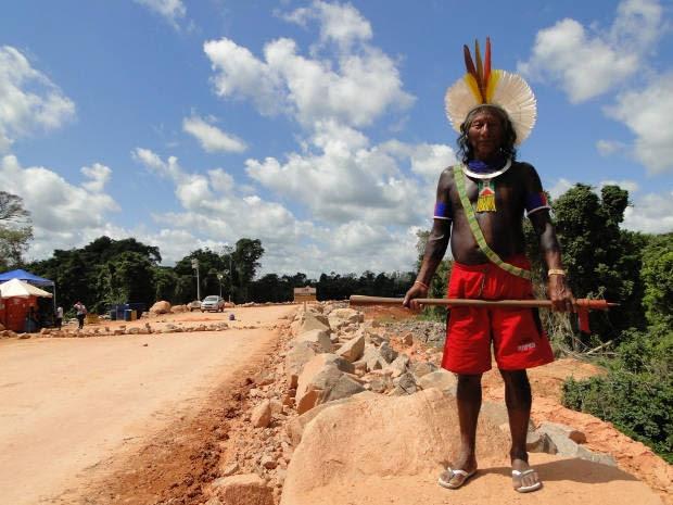 Índios ocupam Belo Monte (Foto: Mário de Paula / TV Liberal)