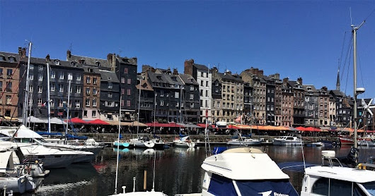 How to spend a few hours in Honfleur - Mum's Gone To ...