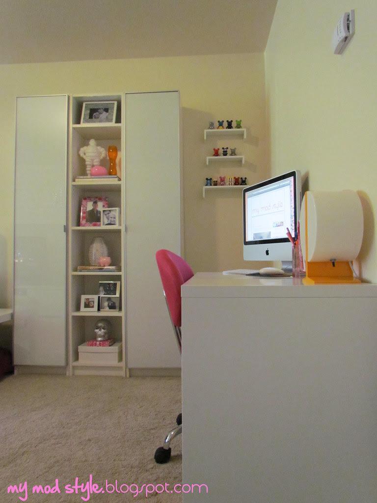 Base House - Living Room