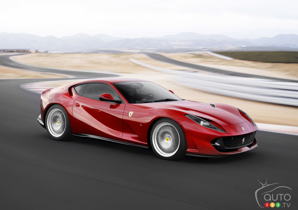 See The New Ferrari 812 Superfast And Its 800 Hp In Action