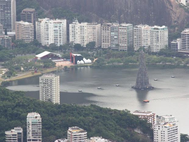 Árvore de Natal da Lagoa será inaugurada neste sábado (1º) (Foto: Marcos Teixeira Estrella/G1)