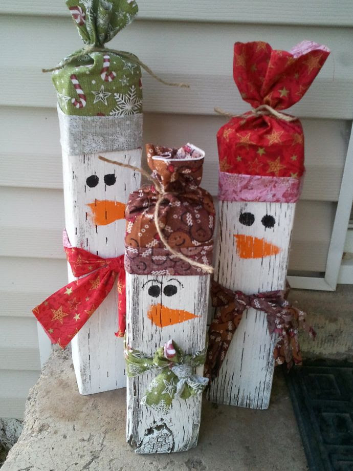 How cute are these snowmen? Place them near your front entrance and