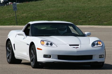 drive  chevrolet corvette grand sport