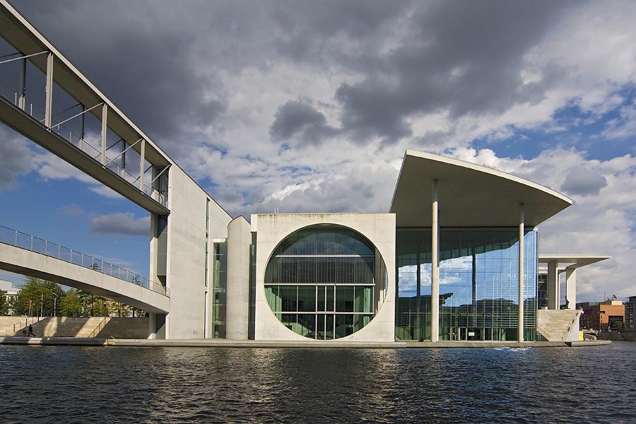 Moderne Architektur am Reichstag Foto \u0026 Bild deutschland