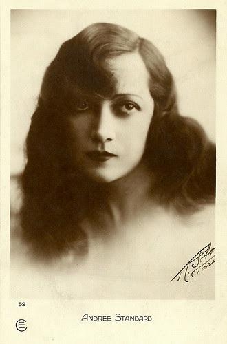 Andrée Standard