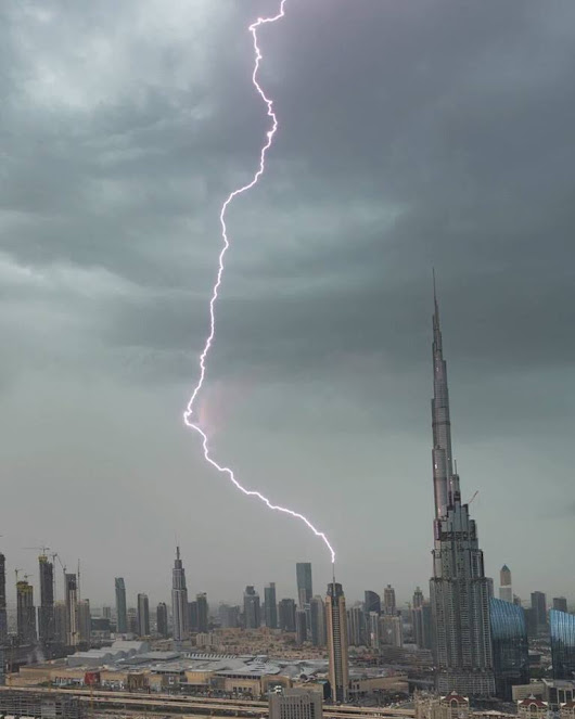 Rain in UAE – Video Compilation and Pictures
