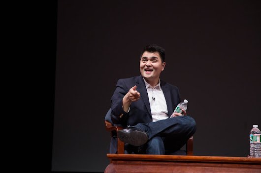 Journalist-turned-immigration activist Jose Antonio Vargas detained at Texas airport