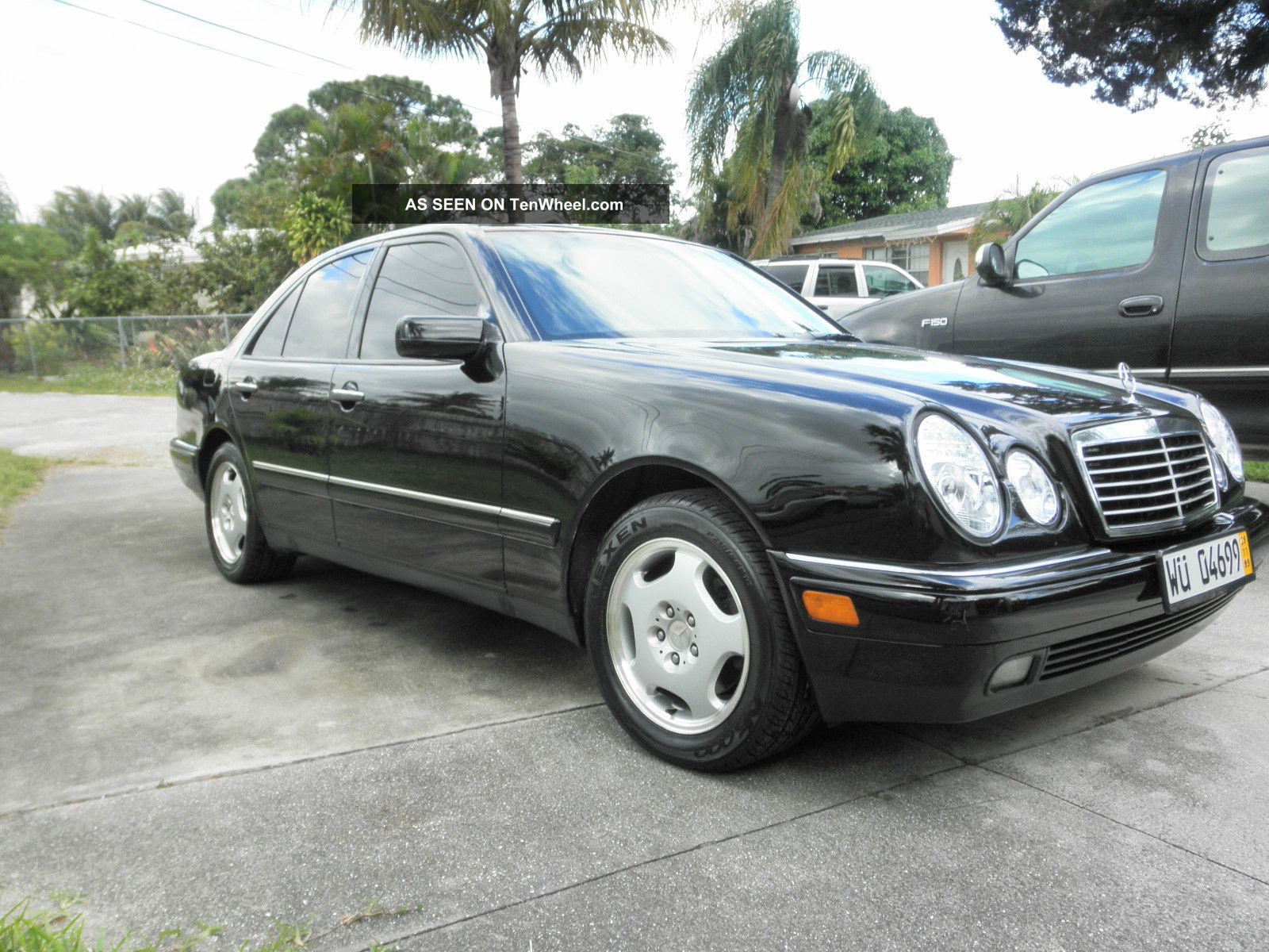 1997 Mercedes - Benz E420 Base Sedan 4 - Door 4. 2l