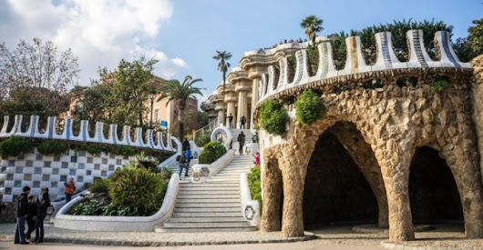 Direct flights from Dusseldorf to BARCELONA from €30 round-trip! - TravelFree