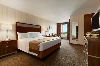 Gold Coast - Reviews & Best Rate Guaranteed | Vegas.