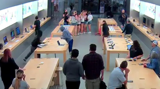Theft at an Apple store in Fresno, CA with customers inside and in just a few seconds