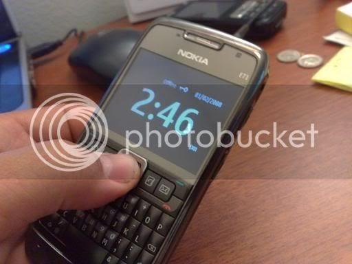 Nokia E71 Blog For Fanatics: E71 Screensaver: Blank & Big Clock, Now