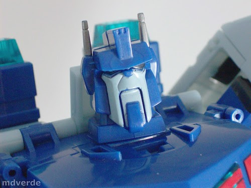Transformers Ultra Magnus Animated Leader - modo robot