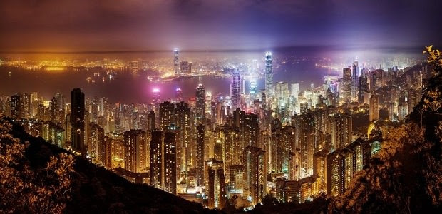 香港 色鮮やかなネオンや美しい夜景が輝く眠らない街 モッシュトラベル