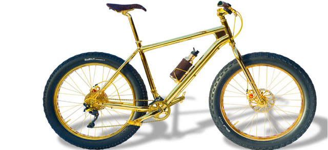 Foto mountain bike de ouro